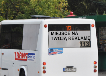 Reklama z tyłu autobusu